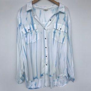 Woman's Plus Size Button Down Long Sleeve Shirt